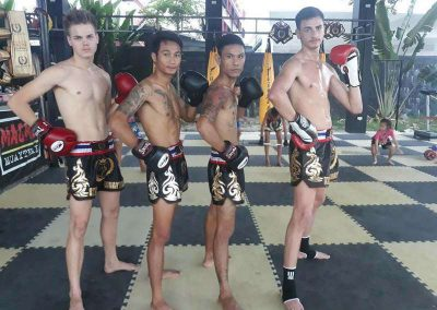 February King Of Muay Thai Group 004